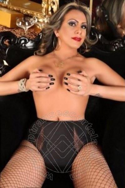 Gabriela Salazar  MILANO 3804375918